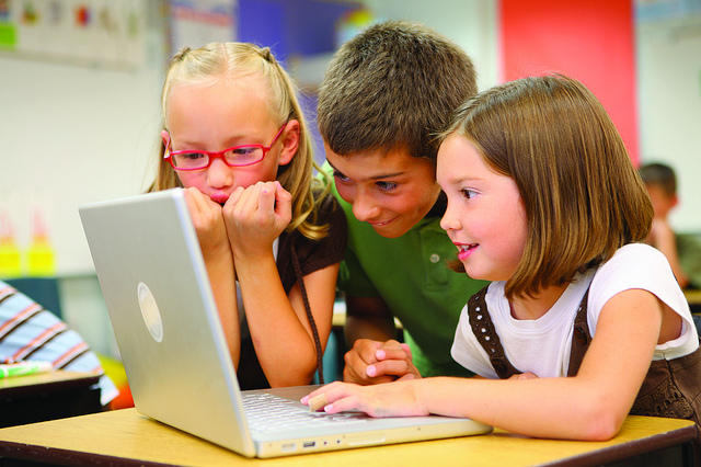 7 Expert Internet Safety Tips for Kids