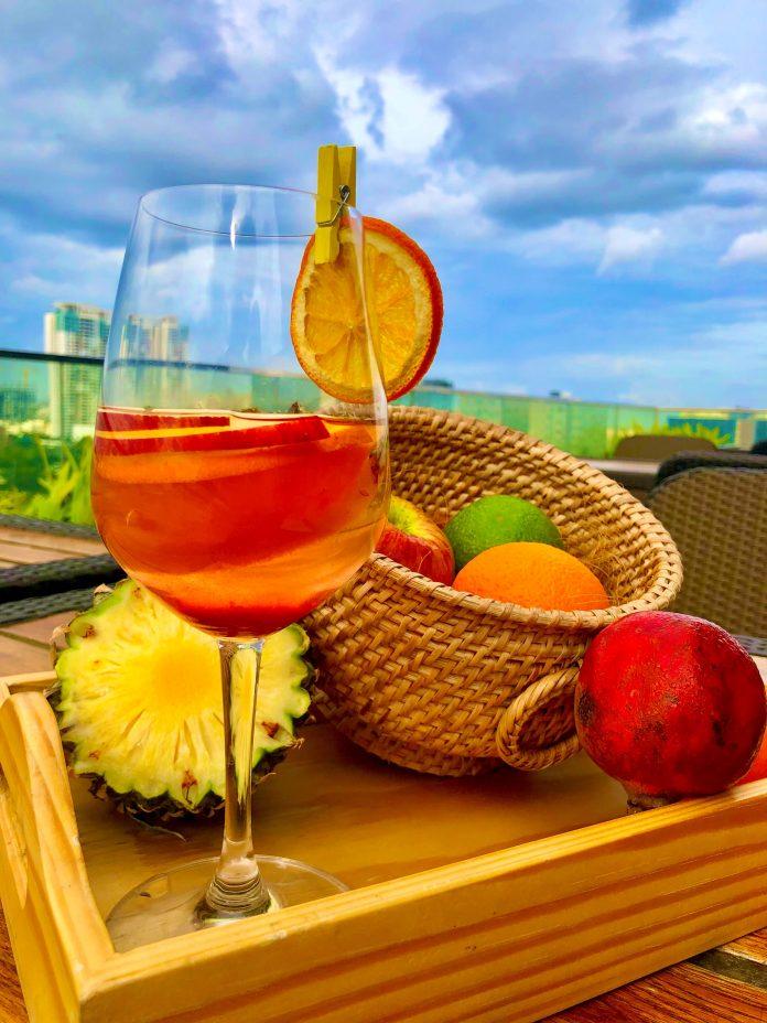 Striking Evenings, Exquisite Cocktails at Nazaara